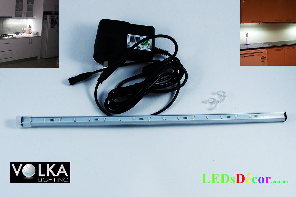 under-cabinet-light-1-bar-and-power-supply.jpg
